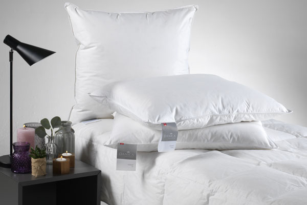 Afholte DANICA duvets and pillows. Manufactured in Denmark. Danish quality. RE-38